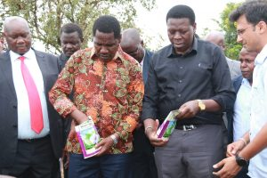 Long wait over as Kenya plants first Bt cotton seed